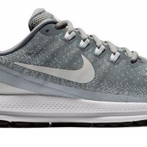 Grey Nike Vomeros
